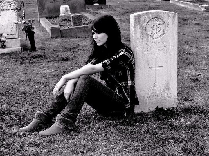 Демотиваторы про умерших